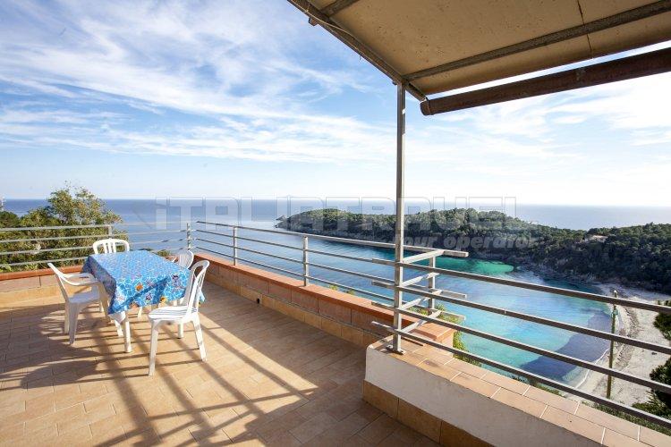 Villa la terrazza sul mare campo nell 39 elba fetovaia - Villa la terrazza ...